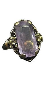 10k Yellow Gold Ladies Light Purple Stone Ring 5.75