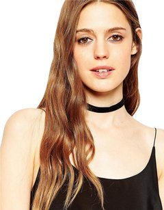 Basic Velvet Choker Necklace