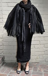 Cardinali Pleated Cape