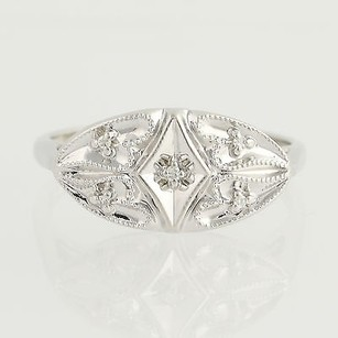 Diamond-accented Ring - 10k White Gold Milgrain Womens .02ctw