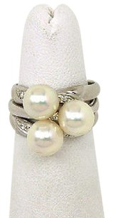 Other Lovely Platinum Diamond 7.5mm Pearls Ladies Triple Stack Ring
