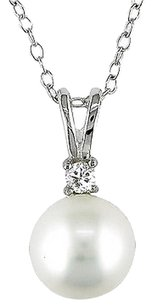 Sterling Silver Diamond 8-8.5 Mm Freshwater Round White Pearl Pendant Necklace