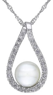 14k White Gold 110 Ct Diamond 6.5-7 Mm White Freshwater Pearl Pendant Necklace