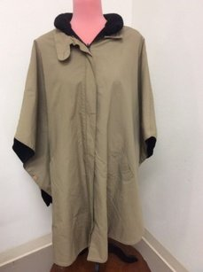 Womens Poncho Khaki With Cape