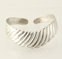 Scalloped Cuff Bracelet - Sterling Silver 925 Womens Fine Estate 6.5 Band