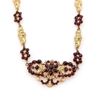 Victorian 14k Yellow Gold Garnet Pendant Necklace