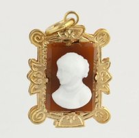 Other Victorian Revival Period Cameo Pendant - 10k Yellow Gold Onyx Carnelian Vintage