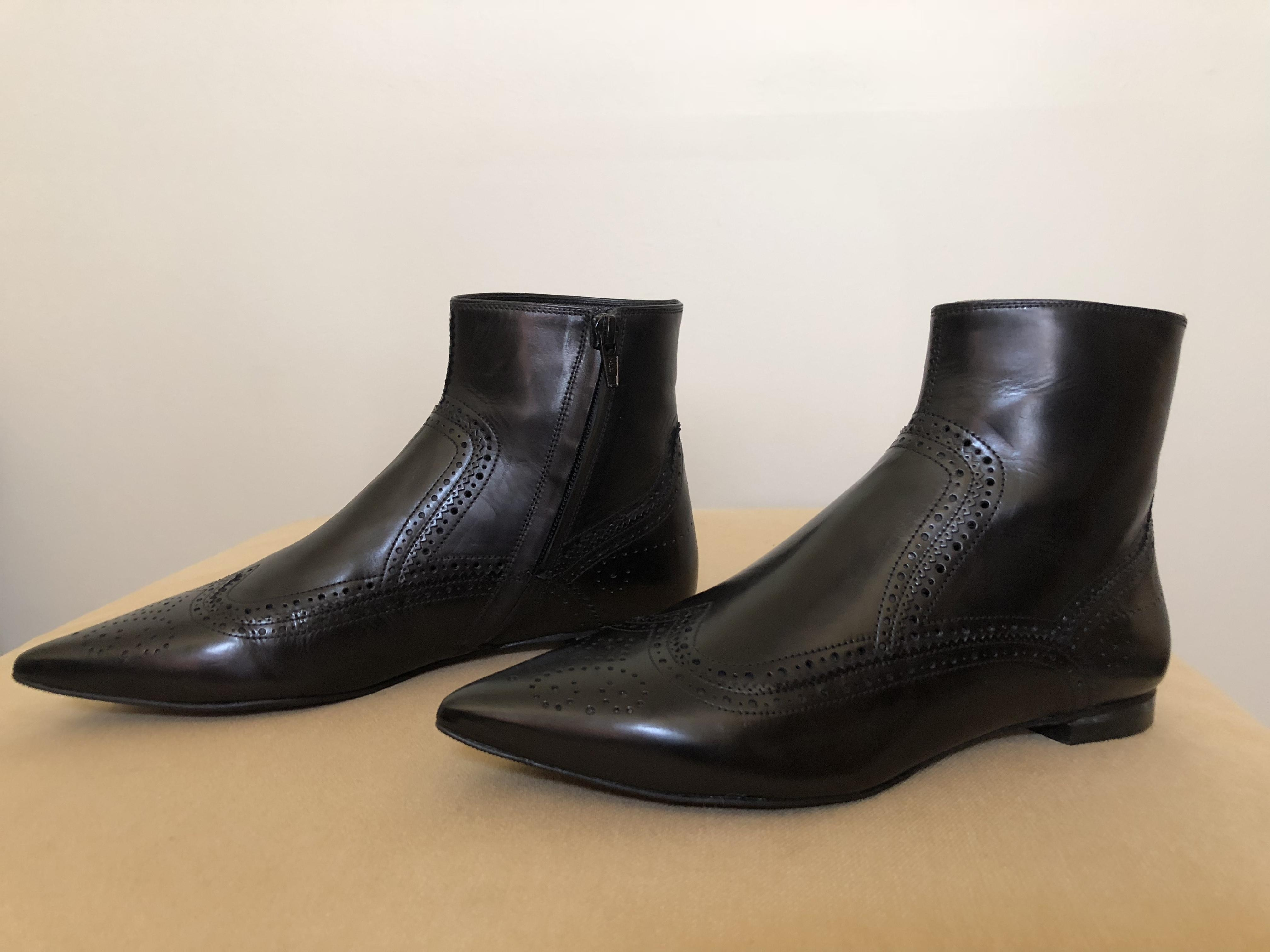 Pedro Garcia black leather ankle boot   Size 7   Euro 37  leaher sole