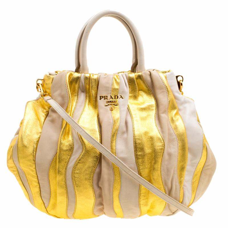 ... switzerland prada bags on sale up to 70 off at tradesy 96763 4168f 1682e360ff0ca