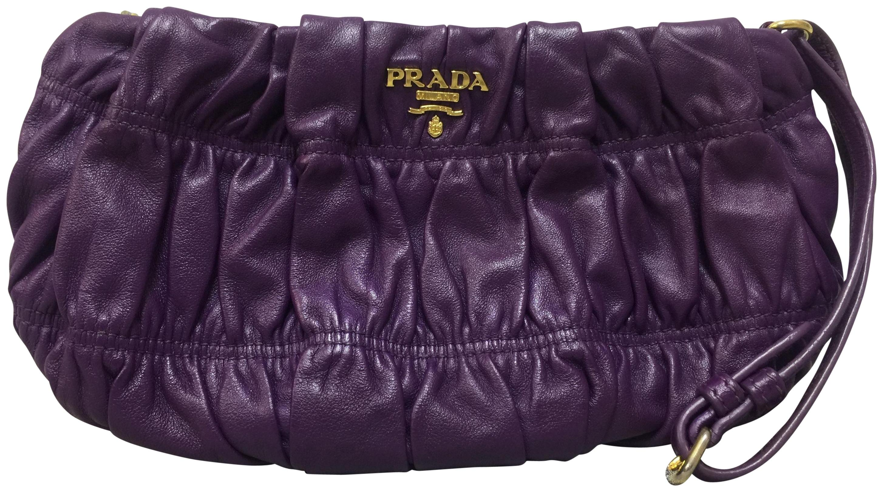 71fab0900670 ... wholesale prada wallets on sale up to 70 off at tradesy 3dae3 f0f4f