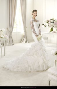Pronovias Ivory Tulle/Organza Usun Traditional Wedding Dress Size OS