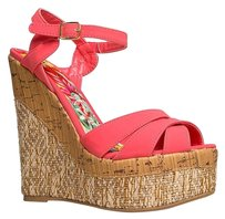Qupid Red Wedges