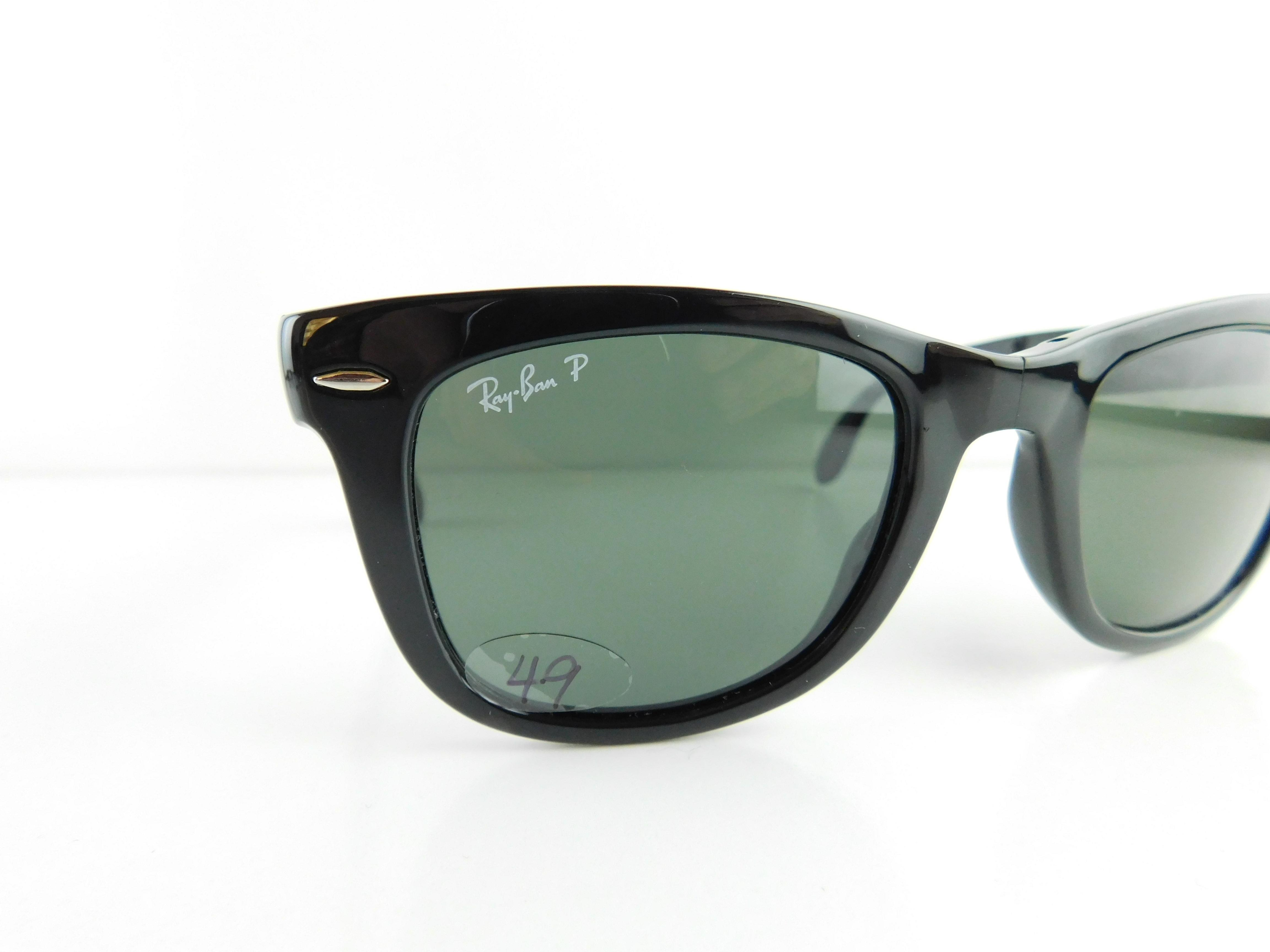 7aaa7c0304 ... closeout ray ban gloss black frame polarized gray green lens gently  used 4105 601 58 folding