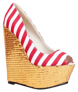 Red Kiss Red Wedges