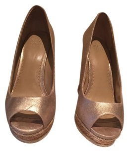 Saks Fifth Avenue Beige/light gold Wedges