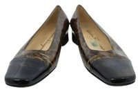 Salvatore Ferragamo Womens Black Flats