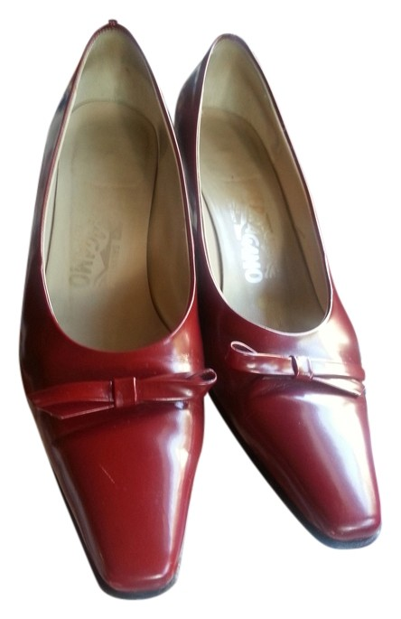 23359f94d94d Salvatore Ferragamo Red Holiday Heels Pumps Size Size Size US 7 Regular (M