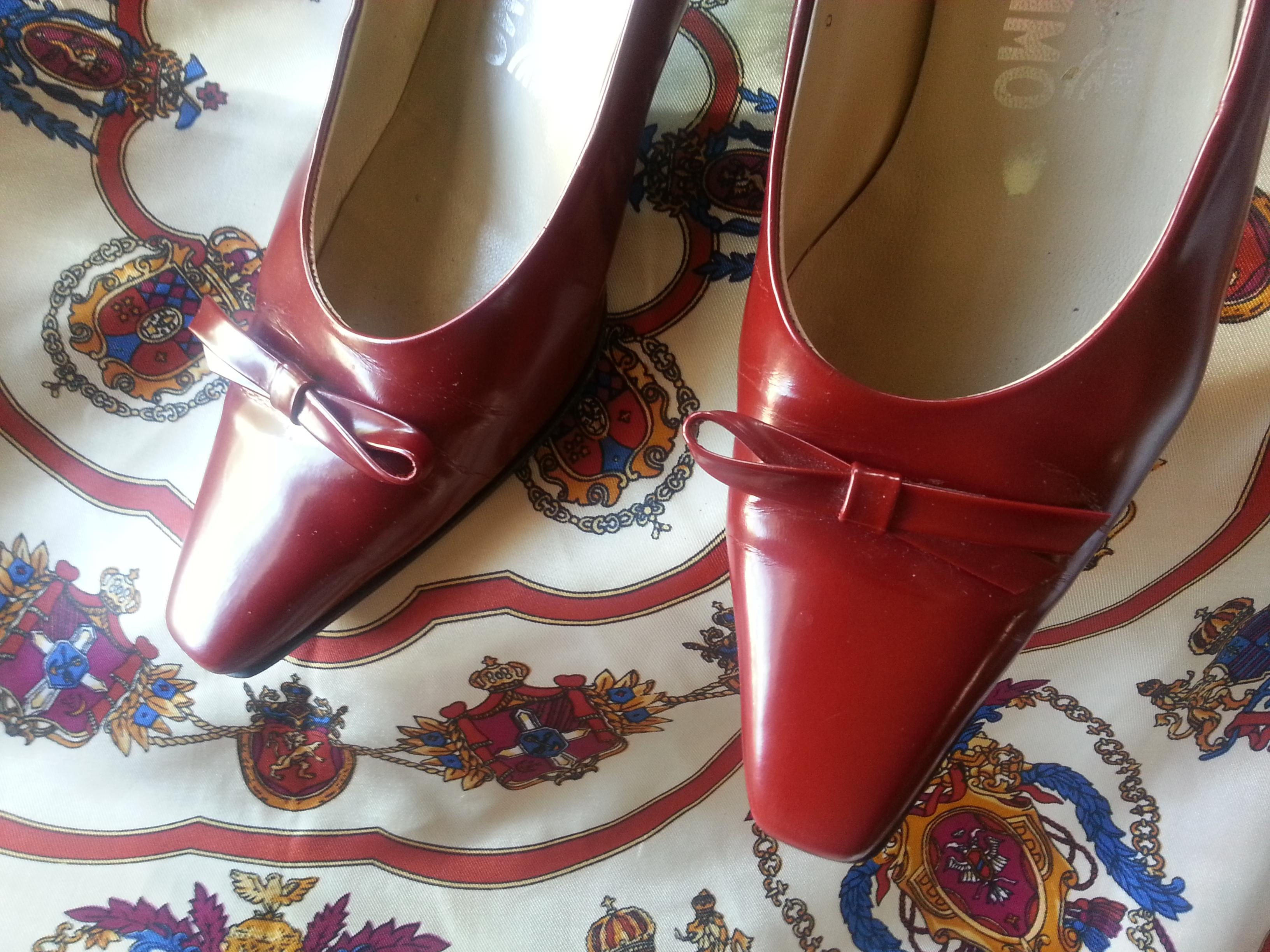 410dc7205299 ... B Salvatore Ferragamo Red Holiday Heels Pumps Size Size Size US 7  Regular (M