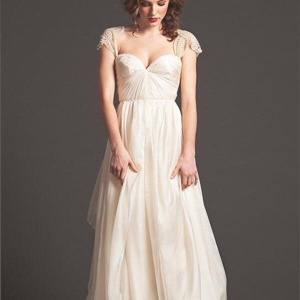 Sarah Seven Bedford Size 10 Wedding Dress – OnceWed.com