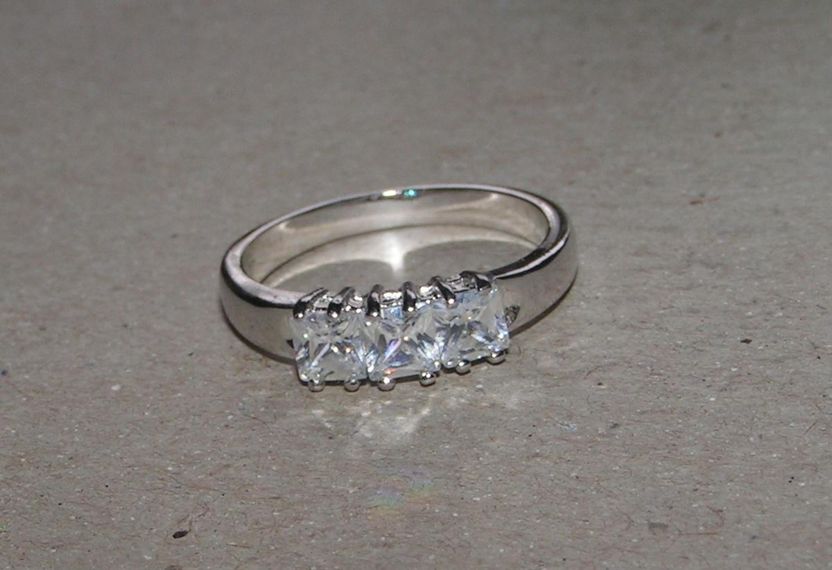 Silver Spectacular Bogo White Sapphire Ring Free Shipping Womens