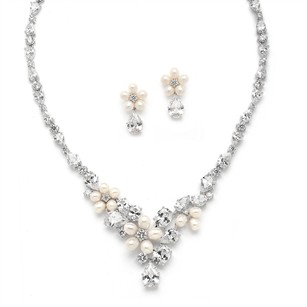 Silver/Rhodium Fresh Water Pearl Crystals and Earrings Necklace