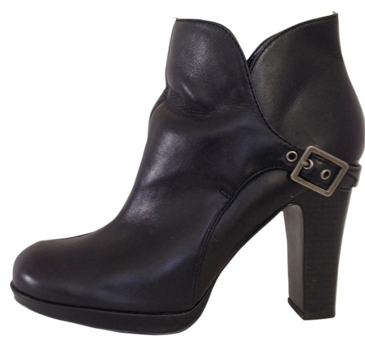 d3a24cebddc5 Simply vera wang black boots booties size us regular jpg 720x682 Simply  vera boots