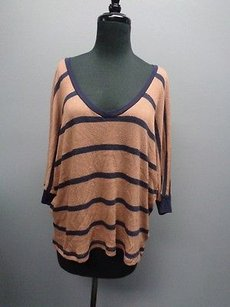 Splendid Sleeved V Neck Stretchy Sweater Sm846 Top Beige And Blue