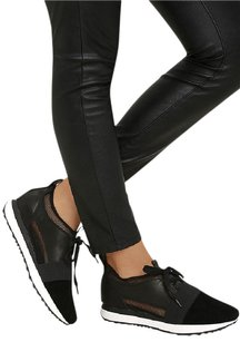 Steve Madden Black Athletic