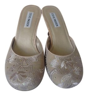 Steve Madden Taupe/ Gold Mules