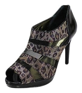Style & Co Good Animal Print Womens multi-colored Boots