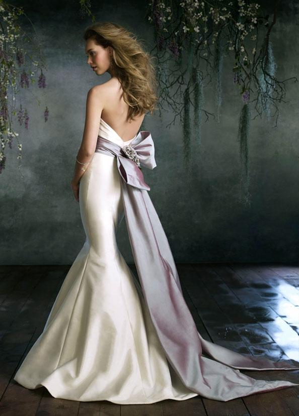 wedding dresses with sashes