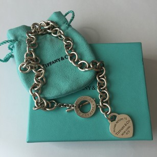 Tiffany & Co. NEW VERSION MODEL Return to Tiffany & Co Silver Toggle Heart Tag Necklace FULL PACKAGING!