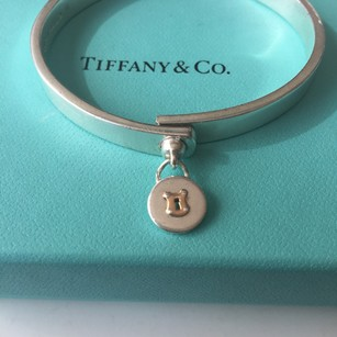 Tiffany & Co. RARE Silver Thick Bangle Bracelet Rose Gold Circle Lock Charm POUCH