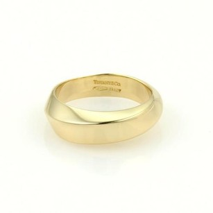 Tiffany & Co. Tiffany Co. Vintage 18k Yellow Gold Wave Band Ring