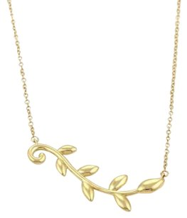 Tiffany & Co. Tiffany Co. Picasso Olive Leaf Vine Pendant In 18k Yellow Gold