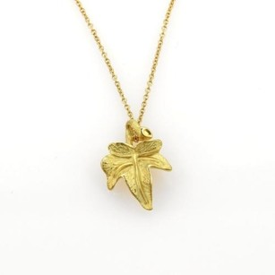 Tiffany & Co. Tiffany Co. 18k Yellow Gold Textured Maple Leaf Pendant Chain Necklace
