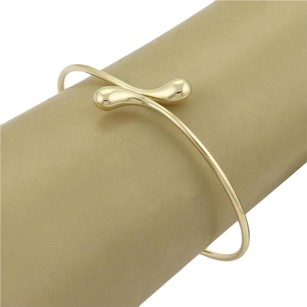 Tiffany & Co. Tiffany Co. Peretti 18k Yellow Gold Elongated Teardrop Bangle