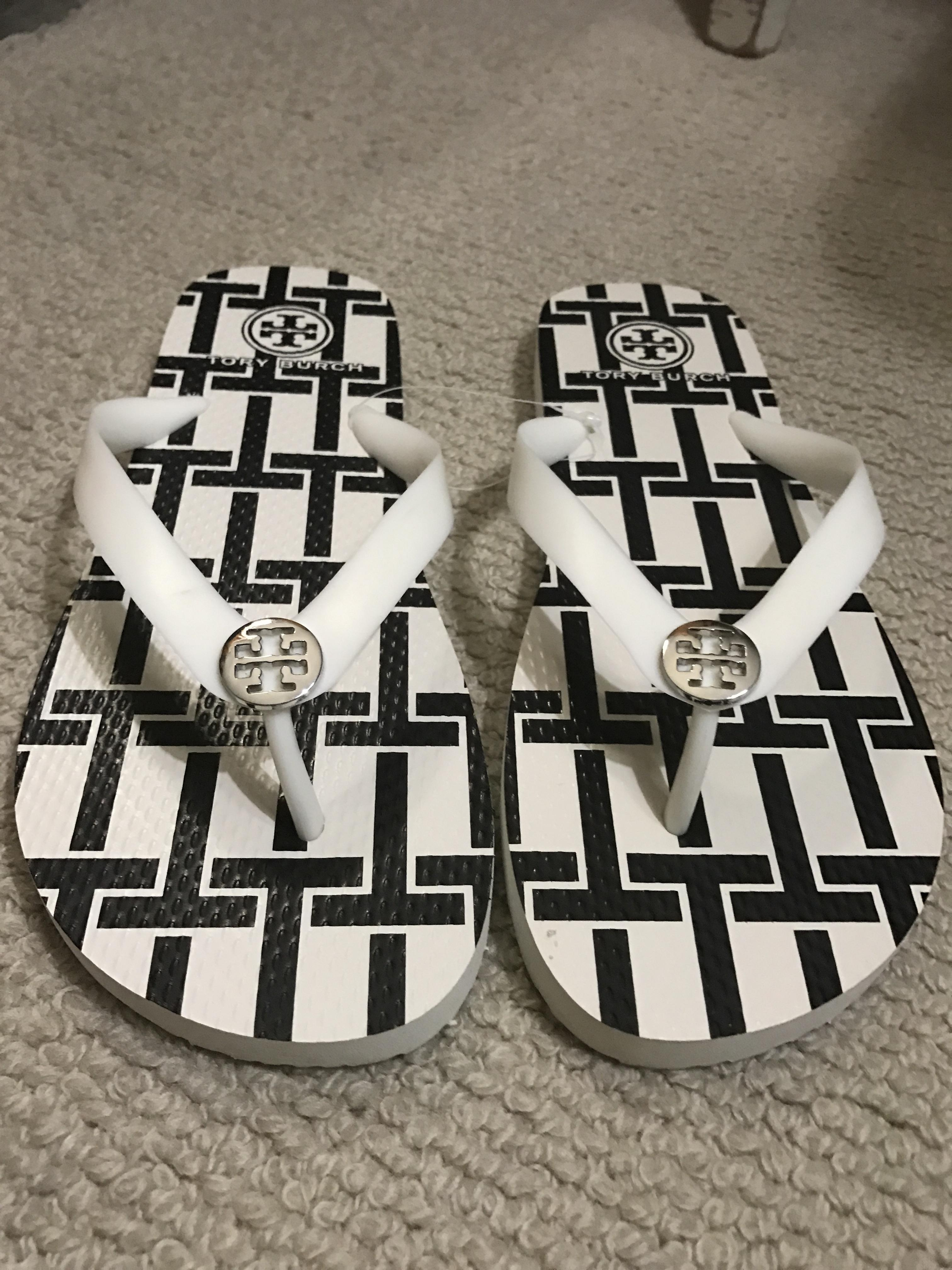 f769037d32c3 Tory Burch Black and White T Sandals Size US US US 9 Regular (M