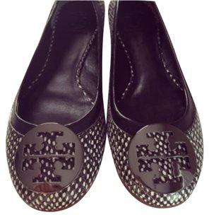 Tory Burch Black dotted Flats