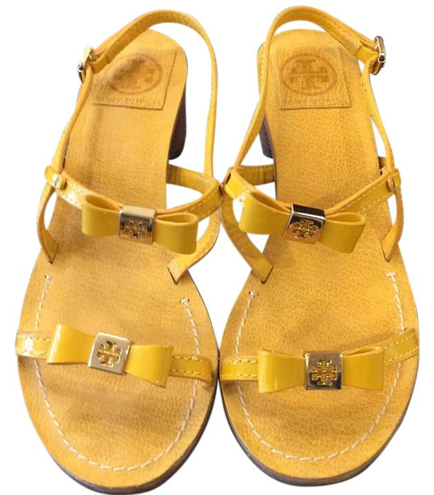 432f6d5fa5cc Tory Tory Tory Burch Yellow Bow Strap Low Heel Sandals Size US 7.5 Regular ( M