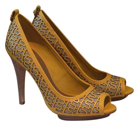 e65da33d2 Tory Burch Yellow Natural Yellow Natural Cut Out Out Out Detail Pumps  Platforms Size