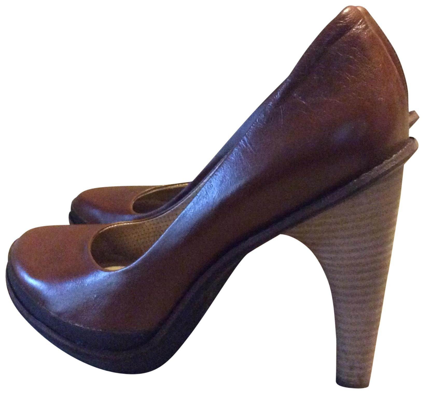 73d4377d865 Tsubo Brown Pumps Size US 9 Regular (M