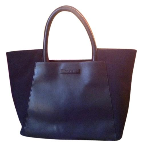 Tumi Classic Black Tote Bag lovely - www.thewatersportsfarm.com