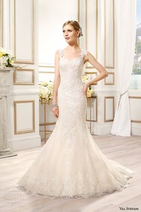 Val Stefani D8084 Wedding Dress
