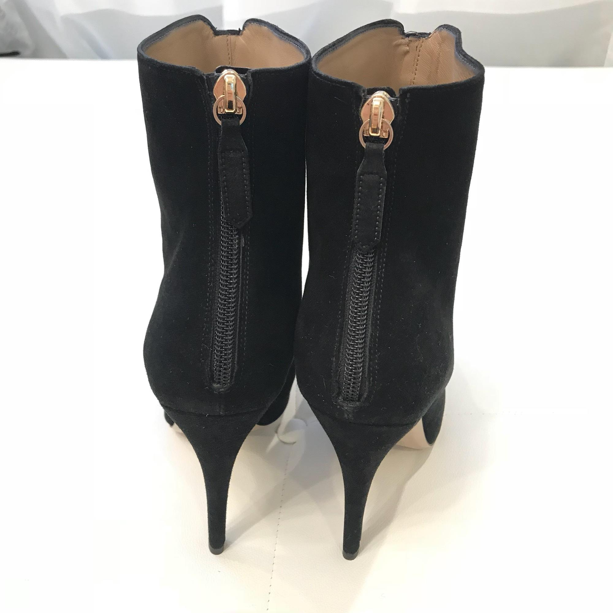 7acd64bc43e2 ... Valentino Black Suede Rockstud Boots Booties Boots Booties  Boots Booties Size EU 40 ...