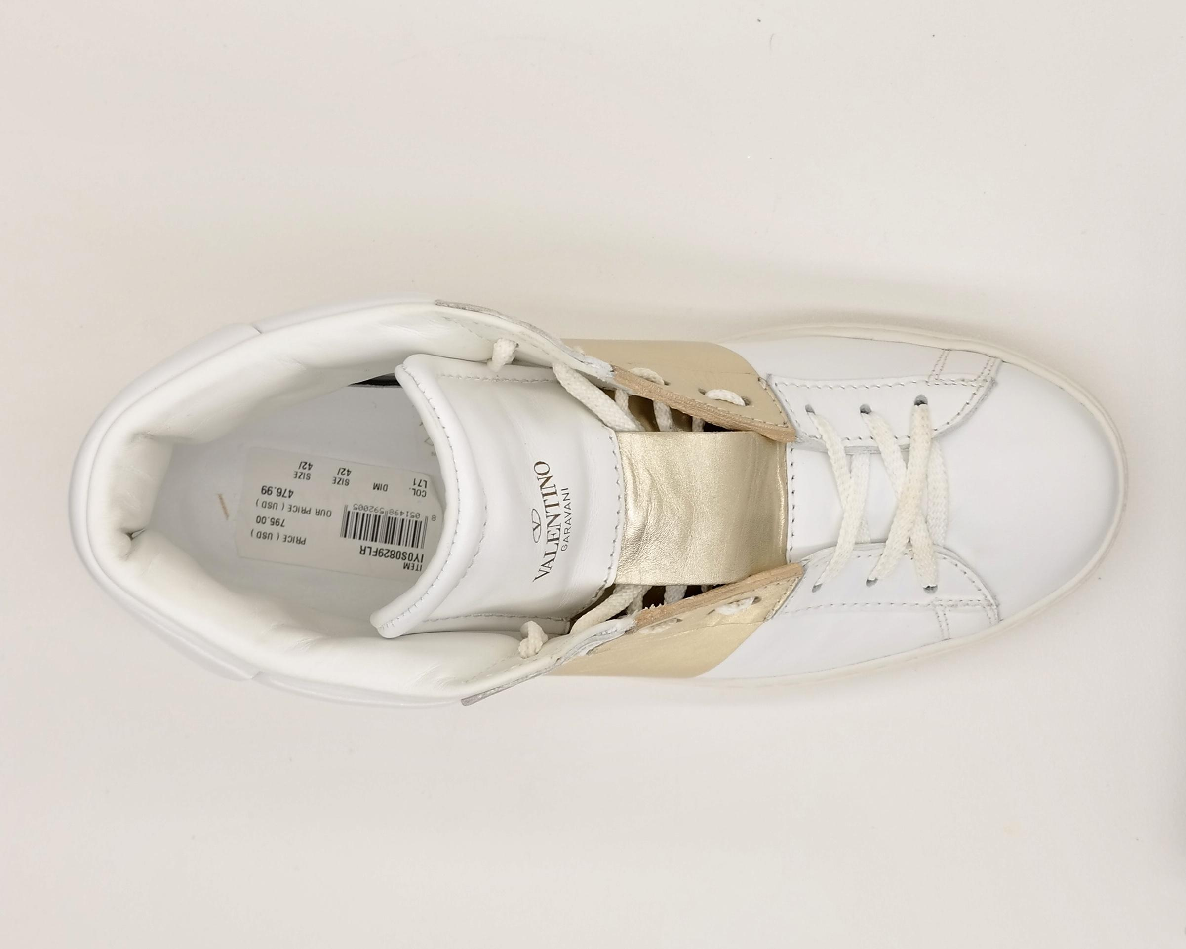 9f8c930ec045 ... Valentino White Men s Rockstud Open High High High Top Sneakers Size US  9.5 Regular (M