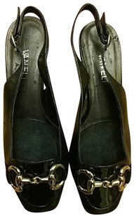 Vaneli Black/Brown Pumps