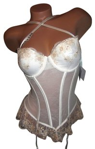 Victoria's Bridal Collection New Victoria's Secret I do corset size 36B