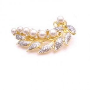 Vintage Brooch Gold Leaf Decorated W/ Pearls & Cubic Zircon Diamante