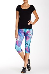 Z By Zella Capris Cropped New With Tags Pants